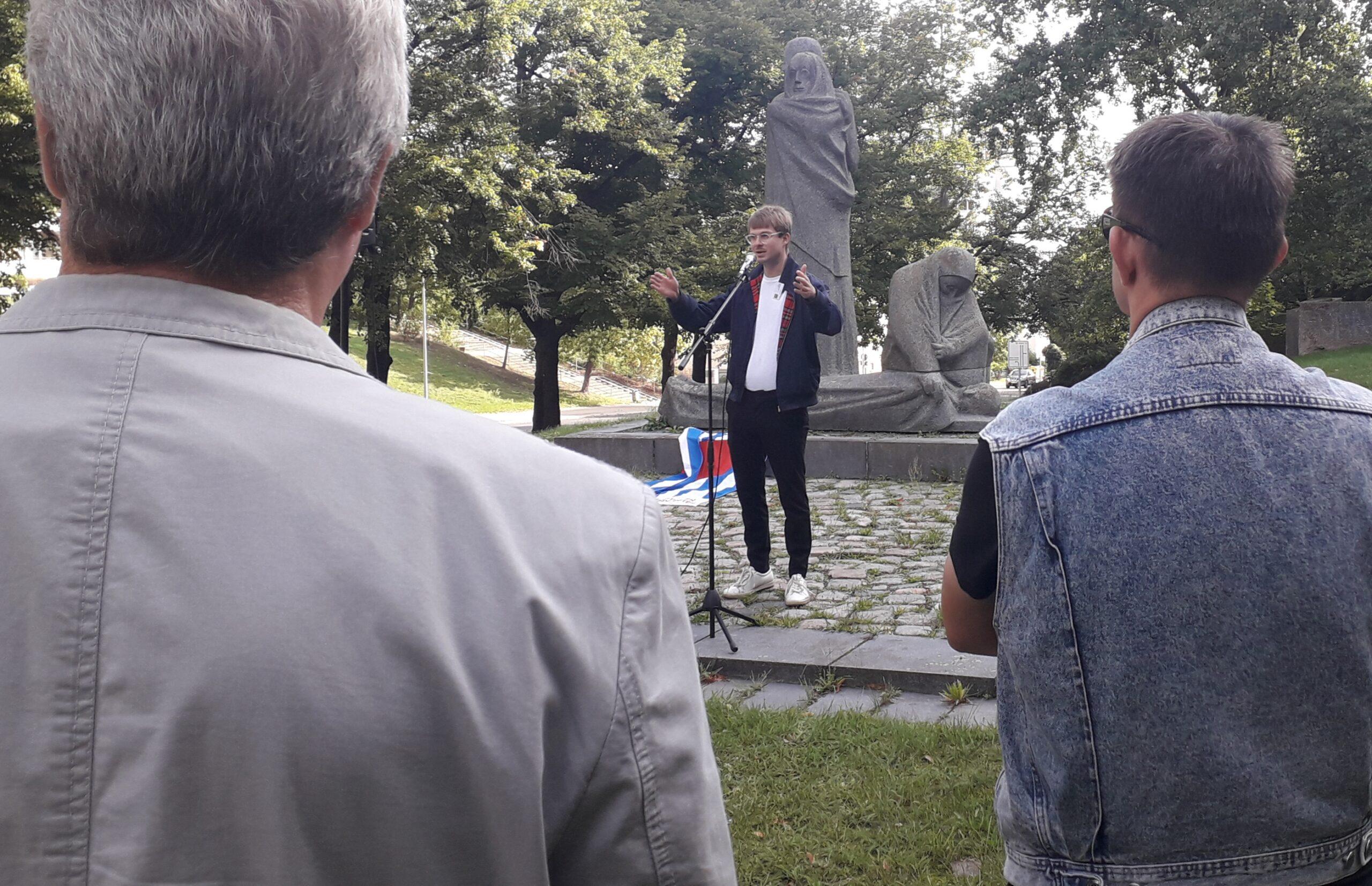 Stefan Kunath während seiner Rede am Tag der Mahnung