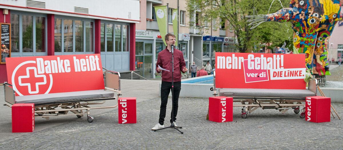 Stefan Kunath während seiner Rede auf der Kundgebung